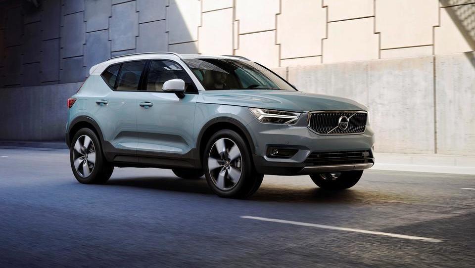 Volvov SUV XC40 poleg tehničnih inovacij prinaša tudi sistem mesečnega najema