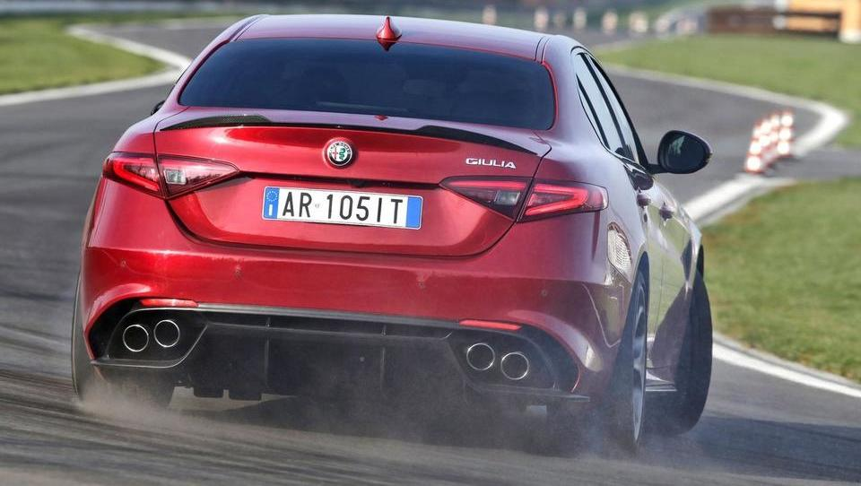 Lepa in divja, končno prava Alfa Romeo