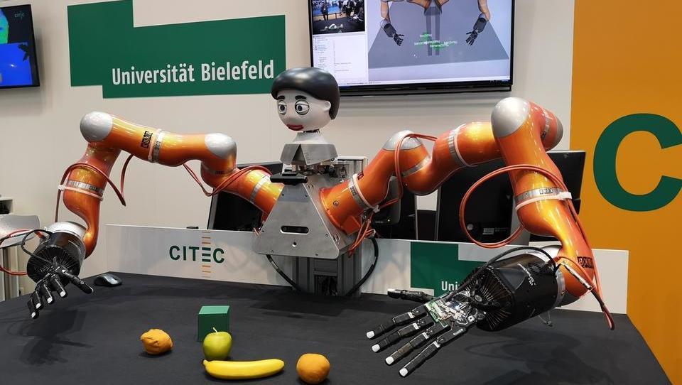 Storitveni roboti podirajo rekorde