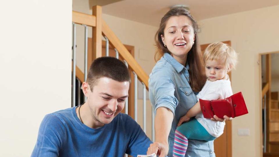 Noro, družina je mesečne stroške znižala s šest na nekaj več kot tri tisočake