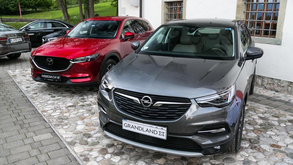PSA Peugeot Citroën in Opel pripravljen vstopili v stresno jesen za avtomobilske proizvajalce
