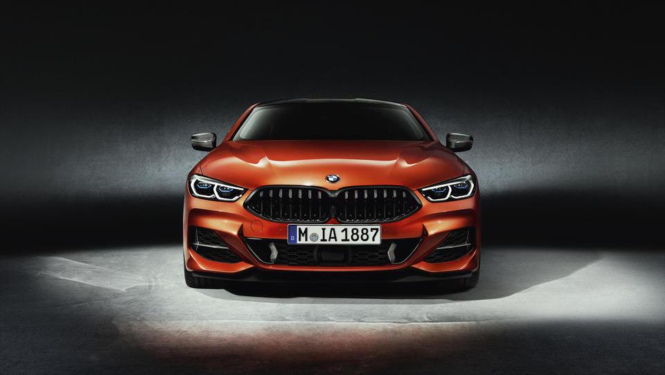 BMW bo vložil milijardo evrov v novo tovarno na Madžarskem