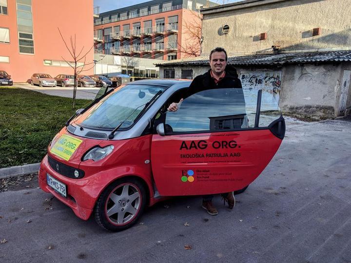 Tony-Mlakar-Alpe-Adria-Green-elektricni-avto-smart-Metron-5c104175a6867-5c104175a9e80.jpg