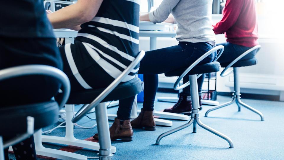 Najpodjetniška ideja: stol za zdravo sedenje