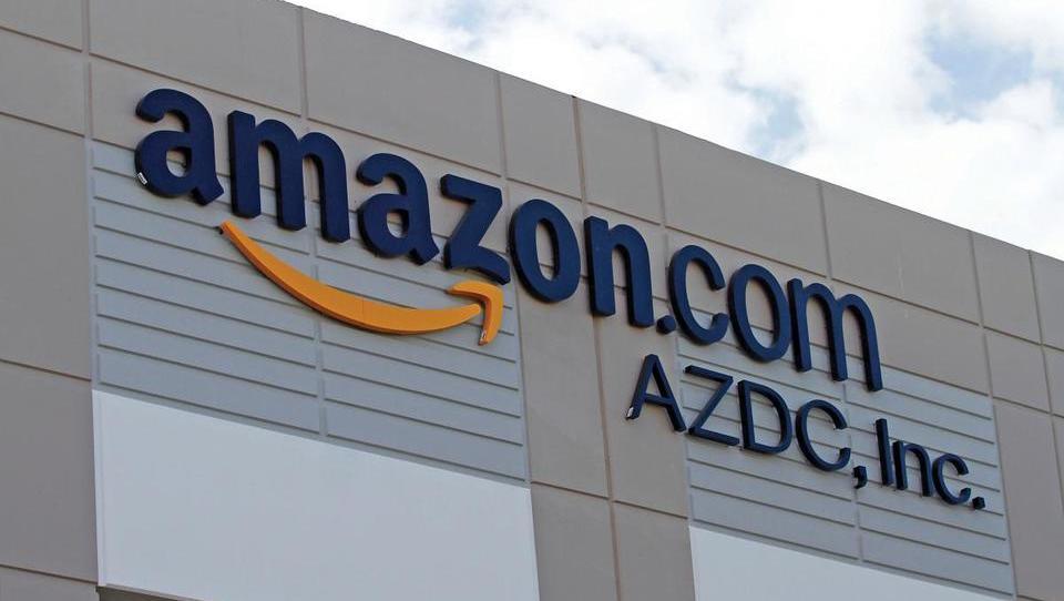 Amazon sili ameriške farmacevte v združevanje