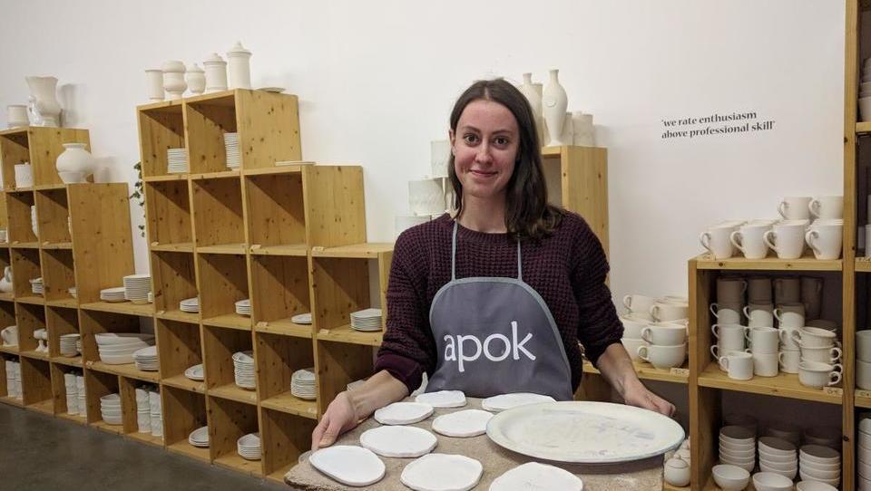 (foto) Kje lahko v Ljubljani izdelate svojo glineno posodo