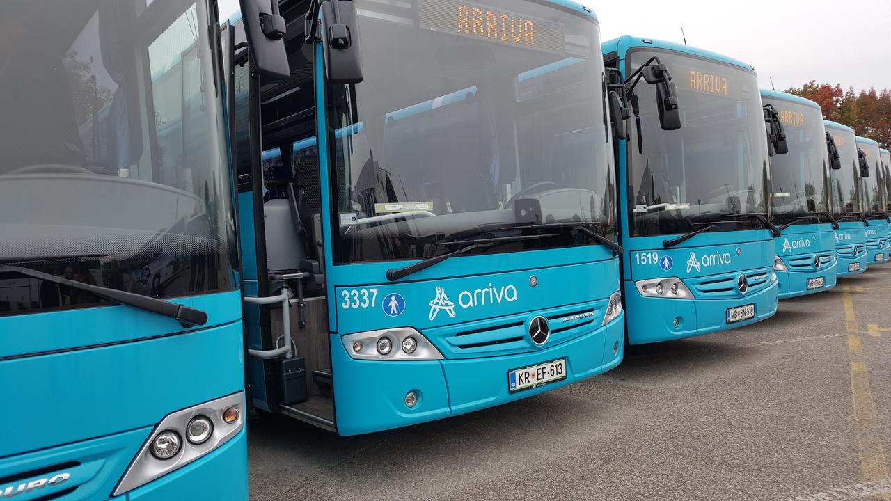 V Arrivi pomlajujejo vozni park z novimi mercedesi
