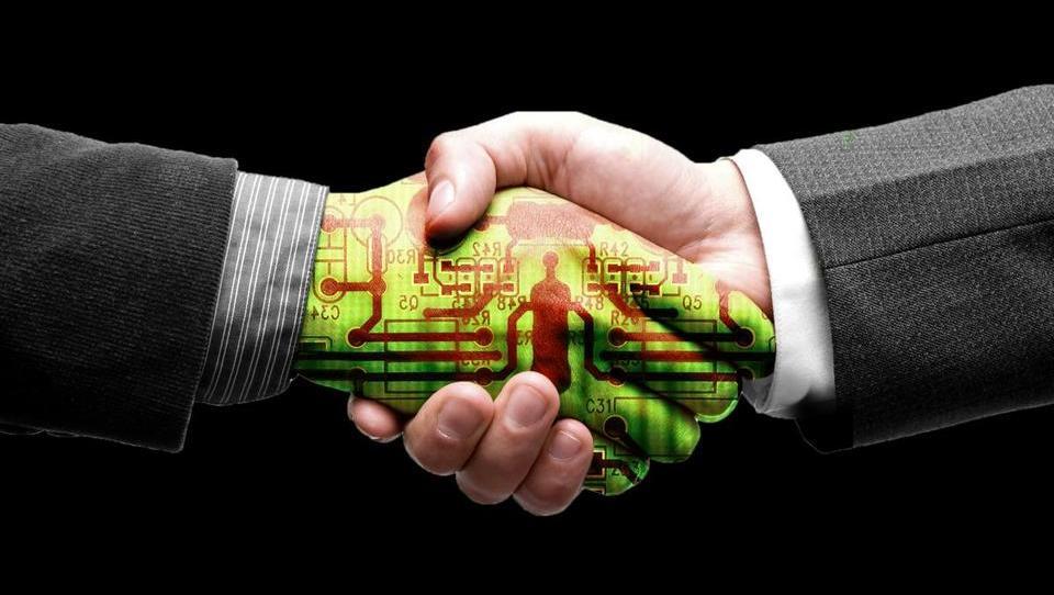 Smo na poti v tretjo fazo digitalizacije