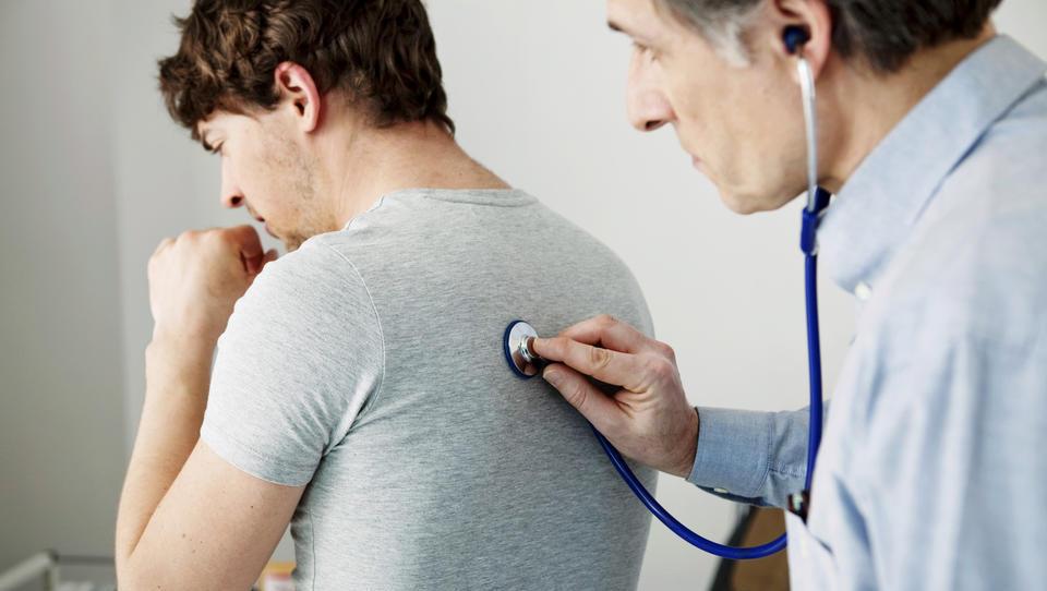 Največji koncesionarji v zdravstvu – kdo so in koliko služijo