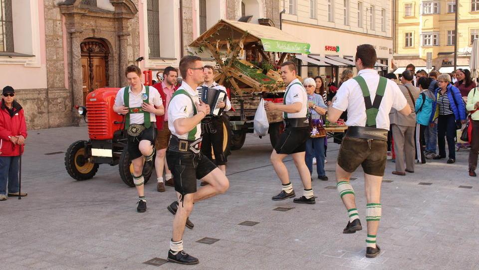 Avstrijci so nas prehiteli: podpisali so pogodbo z izvajalcem za...