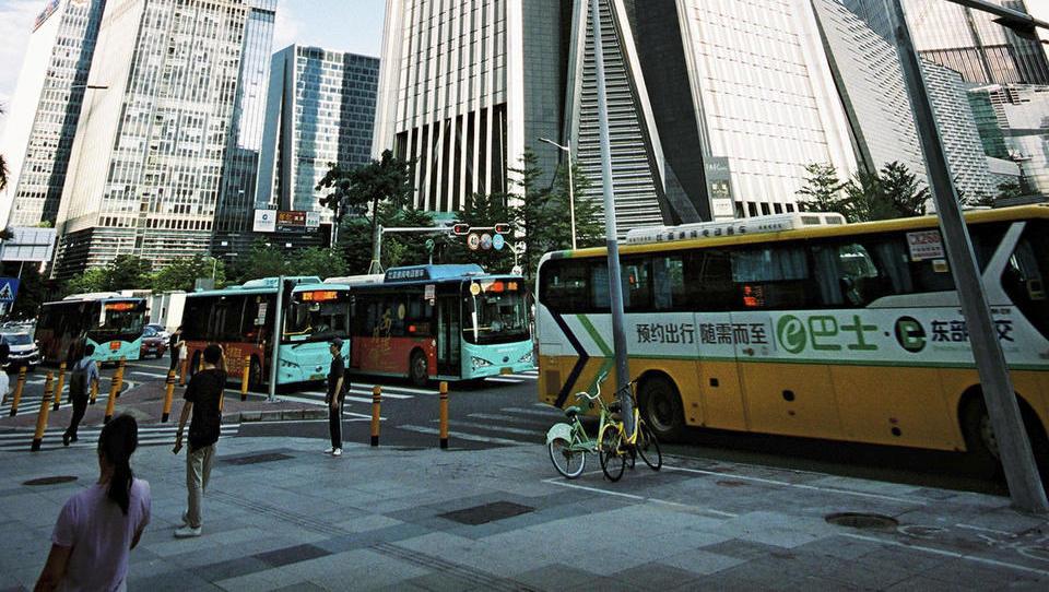 Kitajski Šendžen: prvo tišje velemesto na svetu, tudi zaradi...