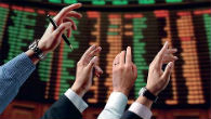 Wall Street spet proti rekordu