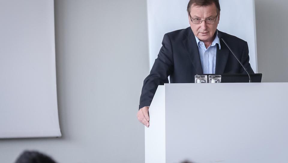Nabavniki Slovenije: »Smo pred dolgo trgovinsko vojno med ZDA in...