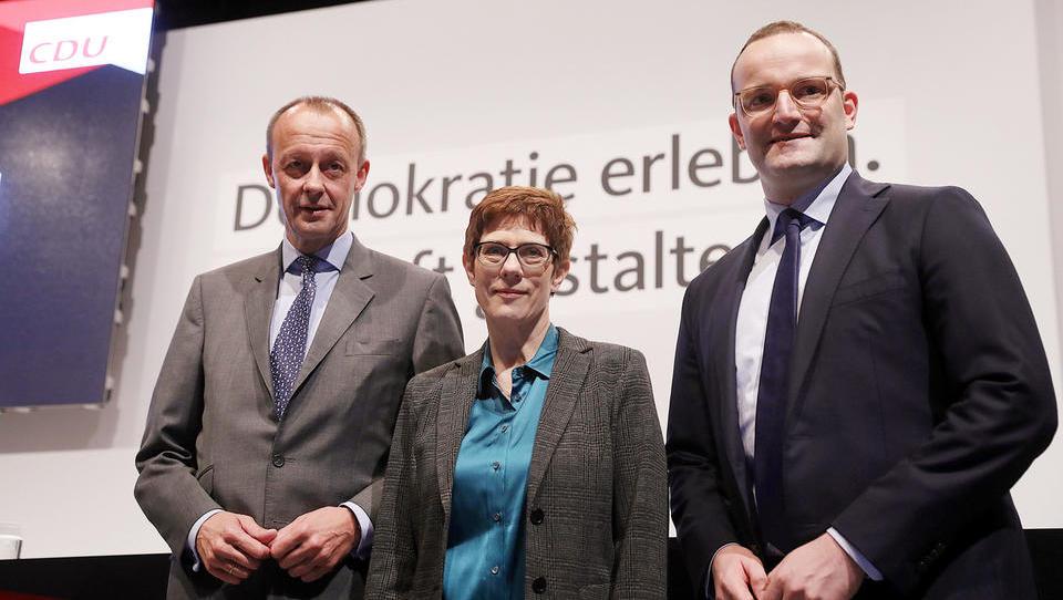 Angela Merkel bo na čelu stranke dobila naslednika