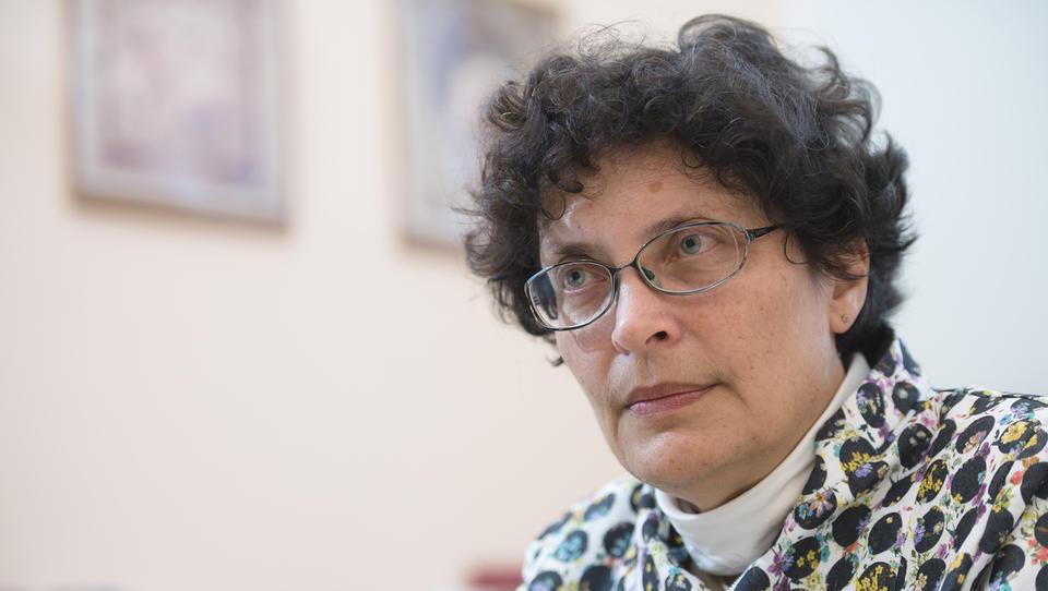 Predsednica zdravniške zbornice kritična do ministrstva in UKCL – to ne zagotavlja strokovne in varne obravnave otrok