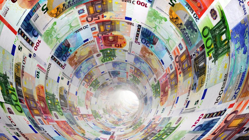 Zdravstvena blagajna letos težka 2,85 milijarde evrov