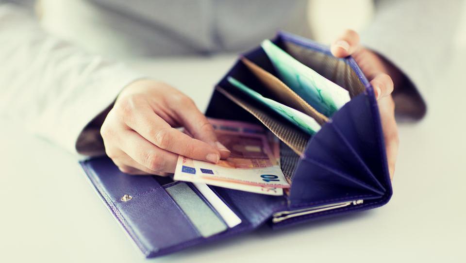 Gradbena statistika: gospodinjstva s široko odprtimi denarnicami