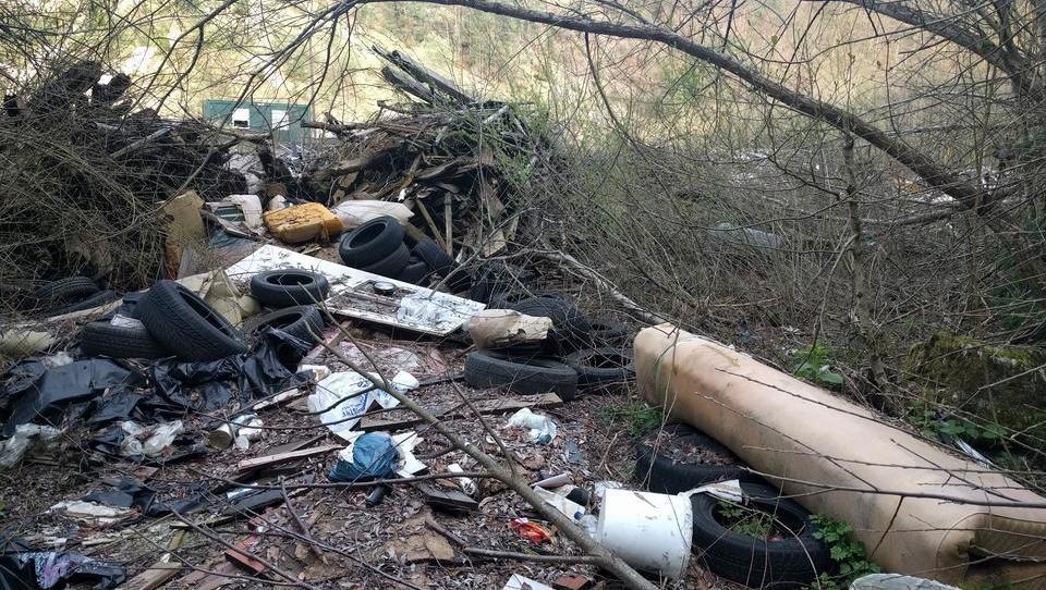 Divjih odlagališč odpadkov je v Sloveniji še okoli 10.000