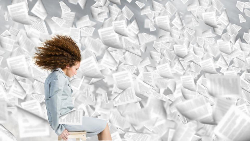 Pomembnih dokumentov je vse več, podjetja je čedalje bolj strah, da...