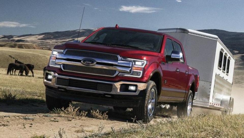 Carine močno okrnile Fordov dobiček