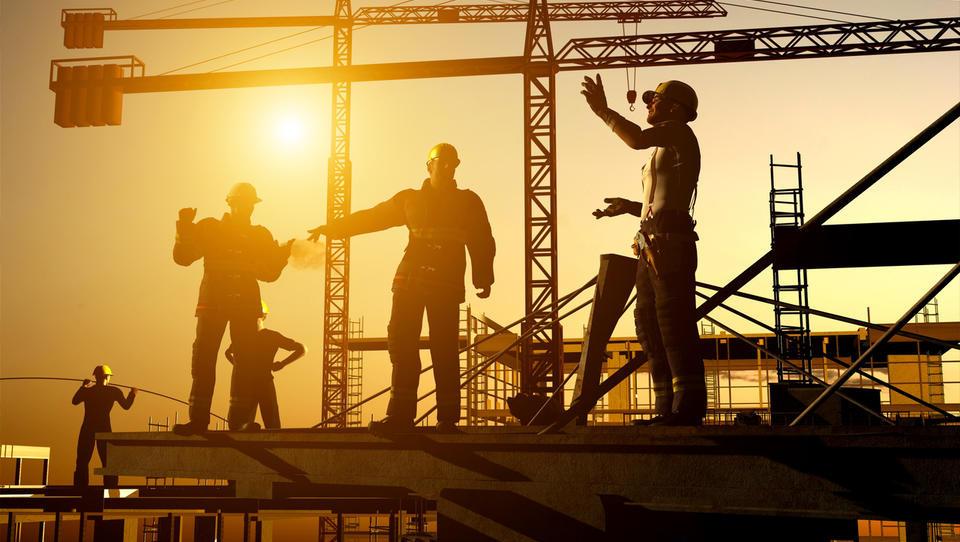 Nova gradbena zakonodaja (3. del): Kako po novem do gradbenega dovoljenja, tako za hiše kot za večje posege?