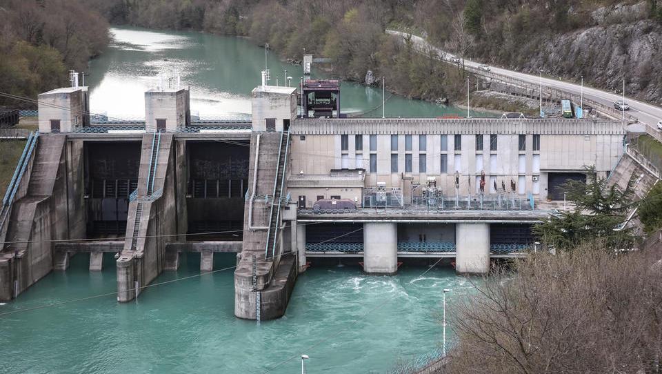 Ob ugodnih hidroloških razmerah več elektrike iz hidroelektrarn