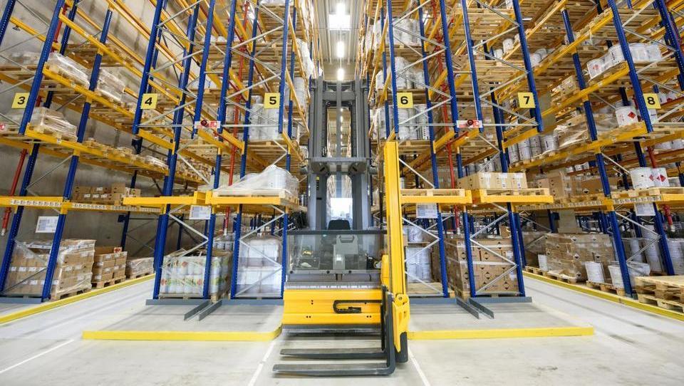 Skladiščna mrzlica: milijoni za nove logistične centre