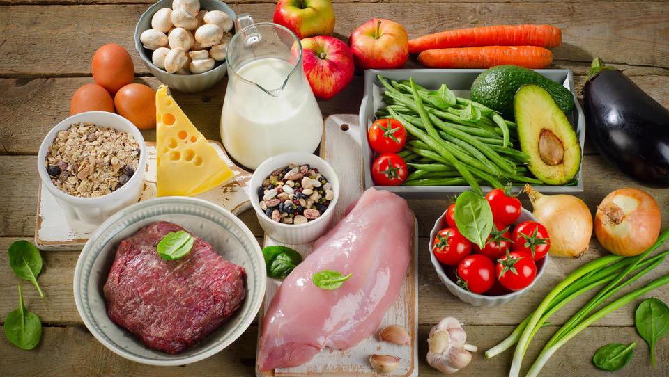 Spletni katalog živil poenostavlja javno naročanje hrane
