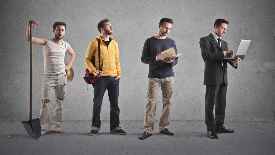 Razlike med plačami srednje in visoko izobraženih Slovencev manjše