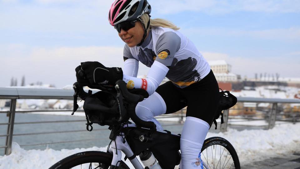 Slovenka, ki se odpravlja na 5.500 kilometrov dolgo kolesarsko avanturo po Avstraliji