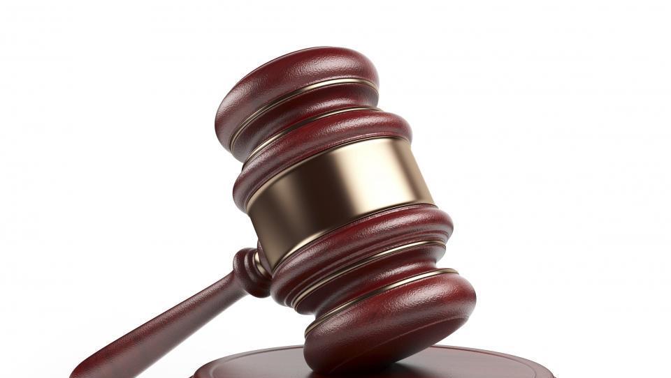 Avstrijsko ustavno sodišče razveljavilo predsedniške volitve zaradi nepravilnosti
