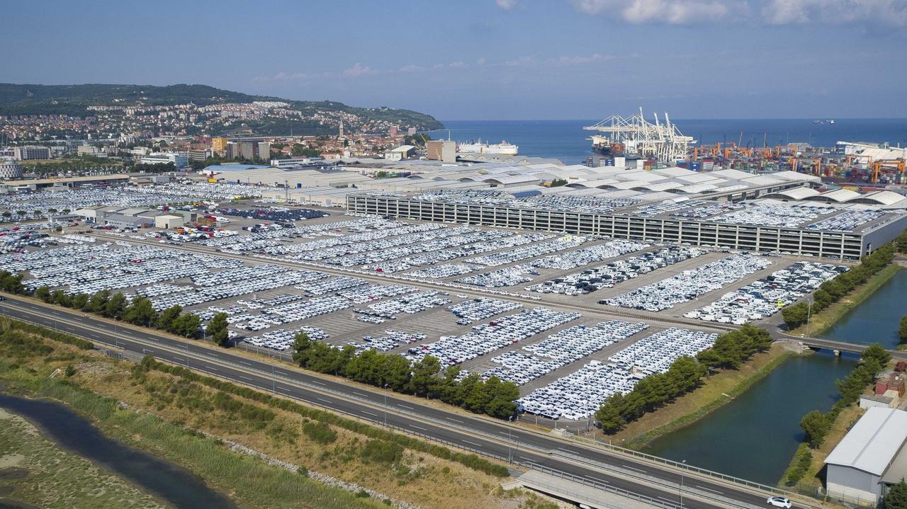 Luko Koper in avtoprevoznike bodo kmalu udarili računi za drugi tir