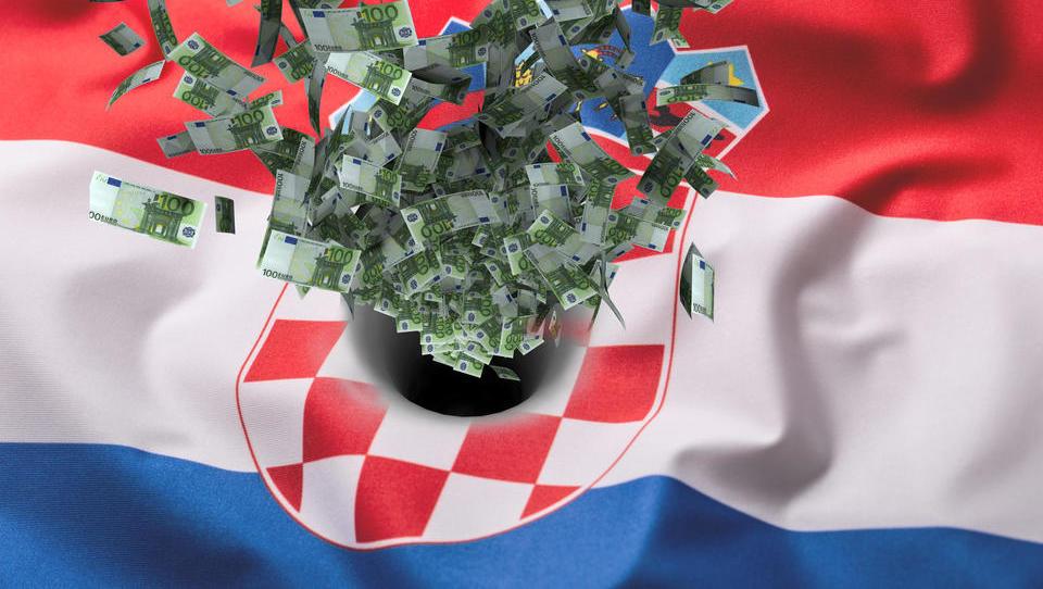 Stečaji na Hrvaškem se vrstijo: hrvaška podjetja v hudih likvidnostnih težavah, in še slabše bo