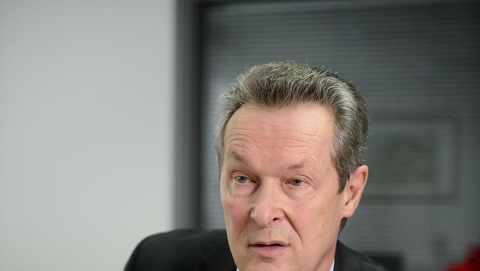 Marjan Mačkošek zapušča vrh Štore Steela