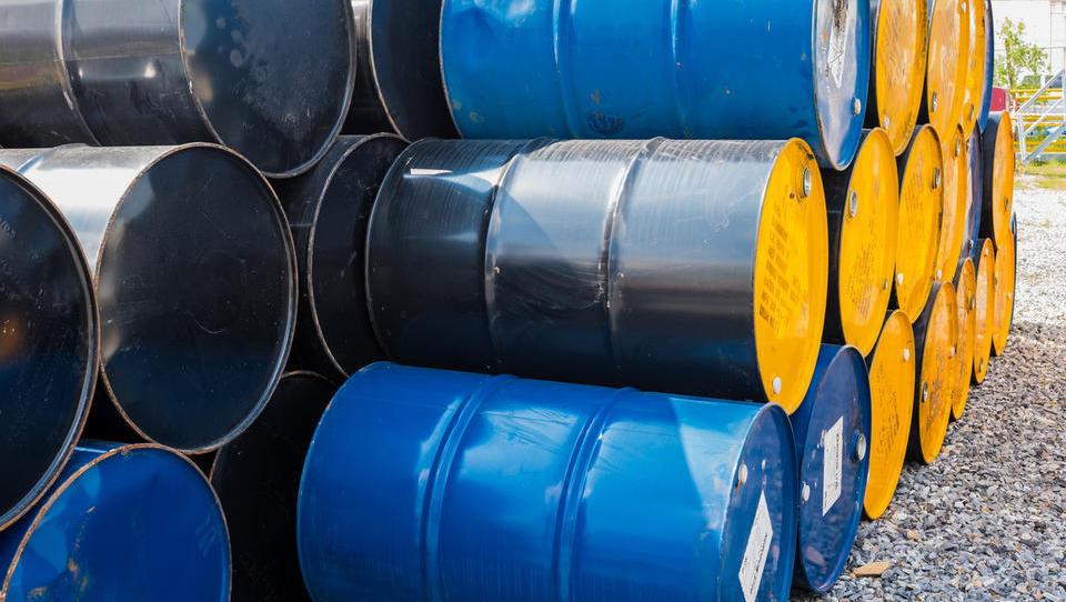 Opec dosegel dogovor o povečanju dnevnih količin načrpane nafte za 600 tisoč sodov