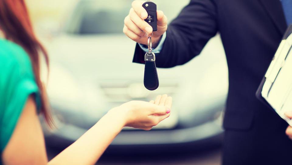 Kako do avta iz druge roke brez tveganja?
