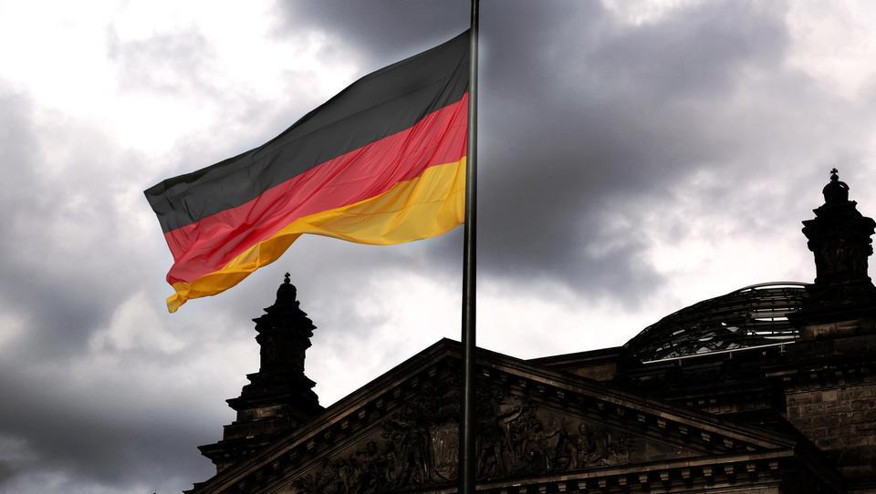 (graf) Inštitut Ifo: nemška rast letos ne bo 2,6-, ampak le 1,8-odstotna