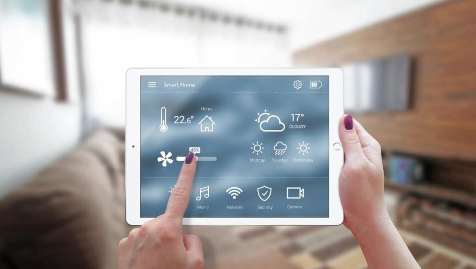 Najpodjetniška ideja: Podjetje, ki ponuja vse za celostno avtomatizacijo hiše