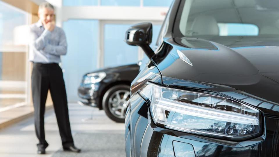 Kakšne službene avte podjetja kupujejo danes?