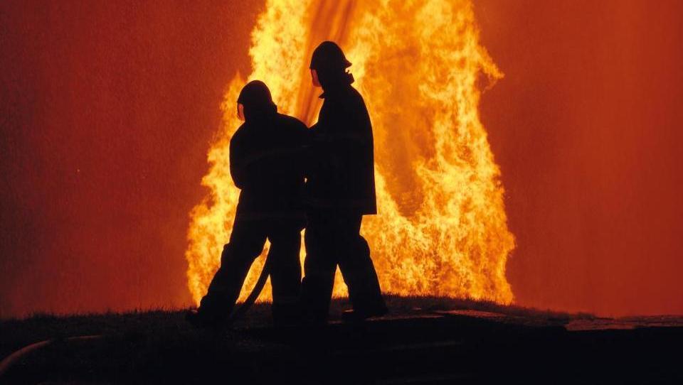 Požar v Zalogu pogašen, v zraku ni škodljivih snovi