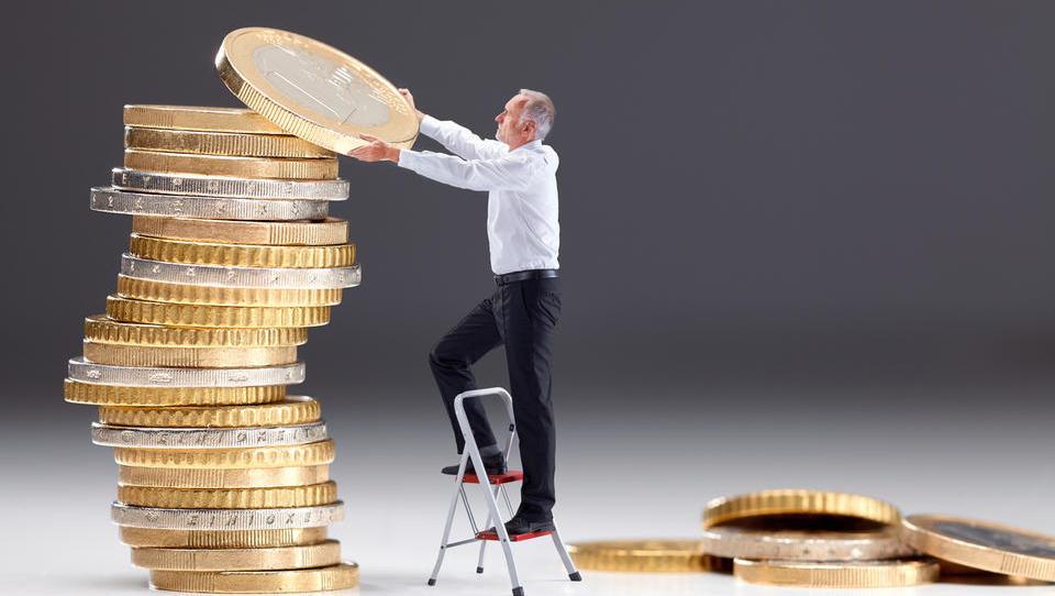 Slovenske neto plače lani zrasle za 3,1 odstotka