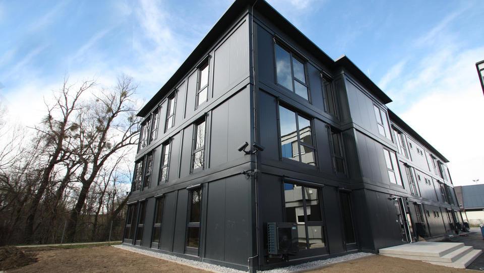 Tako je slovensko podjetje REM dobilo evropski denar za svoje modularne objekte