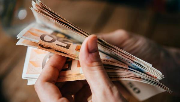 Denar se ne lepi na tiste, ki so dobri po srcu
