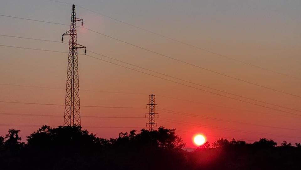 Kitajci kupujejo evropsko elektroenergetsko infrastrukturo