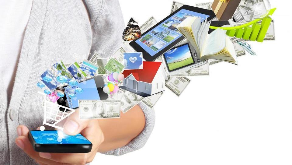 Mladi, carji e-nakupov. kako klikajo in lovijo ugodnosti