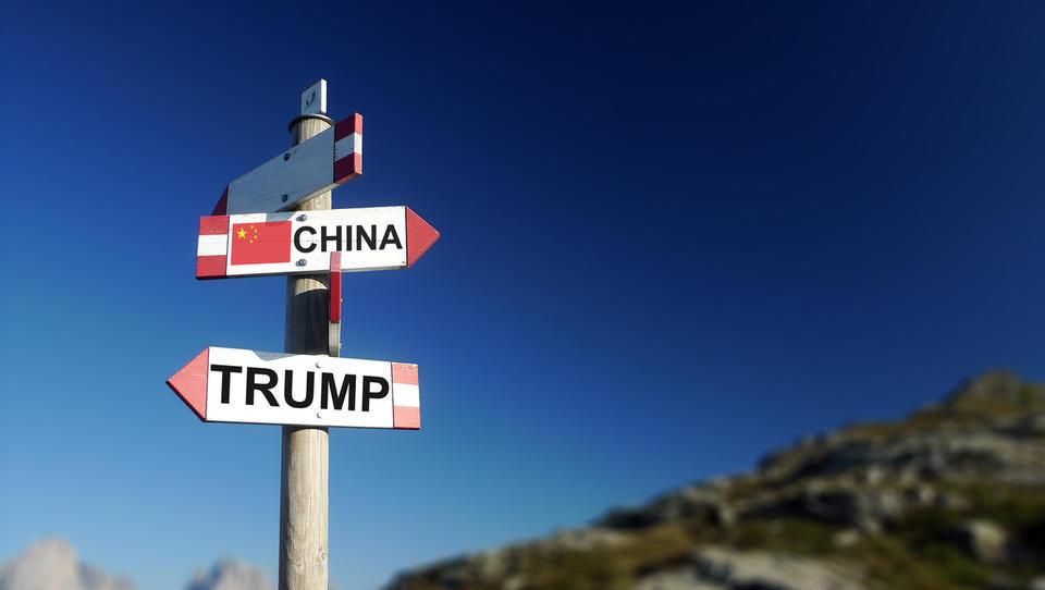 Kitajska in ZDA dosegle premirje v trgovinski vojni