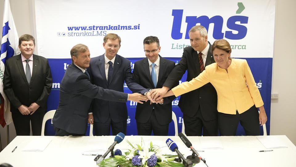 (Z URADNIM BESEDILOM) Predsedniki LMŠ, SD, SMC, SAB in DeSUS podpisali koalicijski sporazum