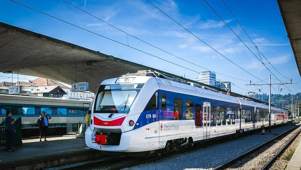 Po sedmih letih spet železniška povezava med Ljubljano in Trstom