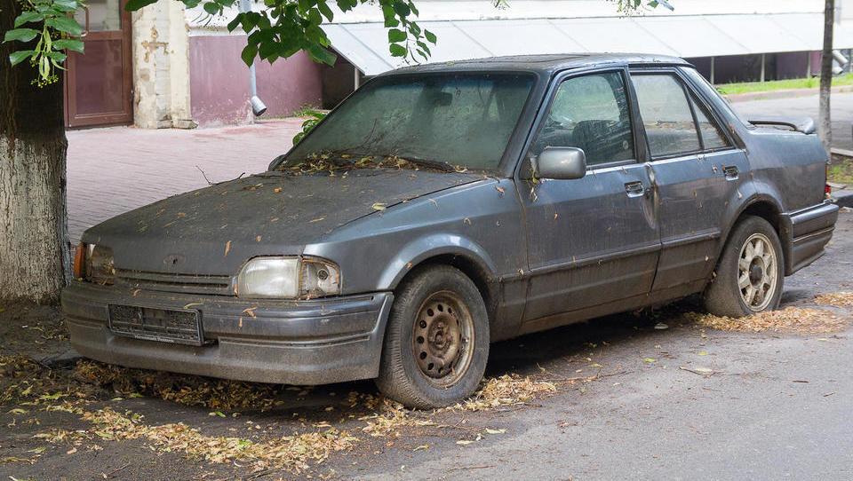 Če za svoje staro odjavljeno vozilo ne boste poskrbeli, vas bo doletela nova letna dajatev