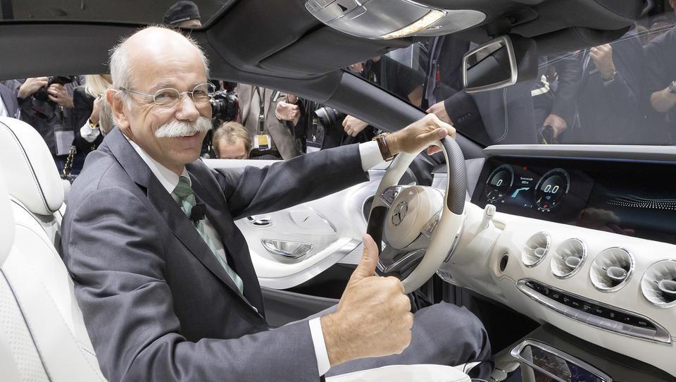 Daimler rekordni dobiček deli z zaposlenimi